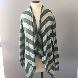 Willow & Clay draped-front striped sweater